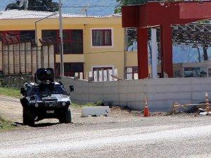 Esed ordusundan kaçan 2 asker Türkiye'ye sığındı