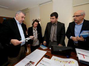 Başkan Toçoğlu Uzun Çarşı Yenileme Projesinde İhaleyi Alan Firma Yetkilleriyle Bir Araya Geldi
