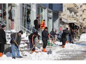 Yığılca Belediyesi'nde Kar Seferberliği