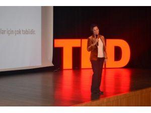 TED Malatya Koleji, Eğitmen Suna Okur'u Konuk Etti