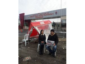 Umut nöbetine İzmirli gazeteciler devam etti