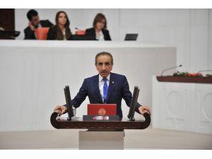 Kapatılan İzmir İl Özel İdaresi'nin mallarıyla ilgili tartışma Meclis'e taşındı