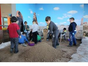 Büyükşehir Belediyesi'nden Yarıyıl Tatiline Atölye Programları