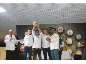 Manavgat MYO Altın Kep Yarışması'nda altın madalya kazandı