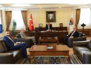 Vali Deniz, Serhat Ardahan Spor'un Yeni Başkanı Özer Kutlu Ünal'ı Kabul Etti