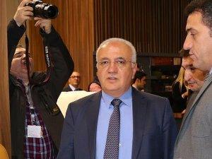 Ekonomi Bakanı Elitaş: Ekim 2016'da Almanya'ya vizesiz gidiş geliş olacak