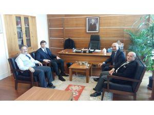 Kayserispor eski teknik direktörü ve menajerinden Özhaseki'ye ziyaret