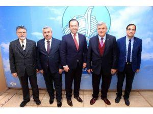 Başkan Karaosmanoğlu, ''Üretim, Emek Ve Zekanın Ürünüdür''