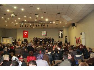 Soma Musiki Derneği'nin Yeni Yıl Konseri Mest Etti