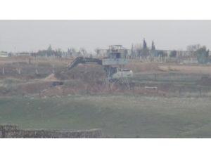 Nusaybin'de Suriye sınırına hendek kazılıyor