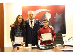 TEOG Türkiye birincileri ödüllendirildi