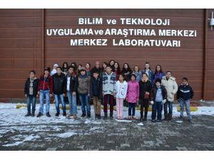 İlkokul Öğrencileri ÇOMÜ'yü Gezdi