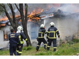 Büyükşehir İtfaiyesi 6 Bin 300 Olaya Müdahale Etti