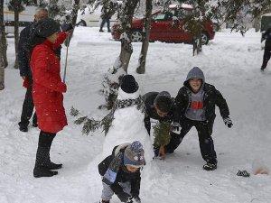 Ankara'da okullar yarın da tatil