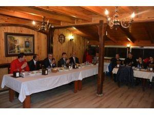 Başkan Köksoy; Okul Sporları Katılımcılarını Yemekte Ağırladı