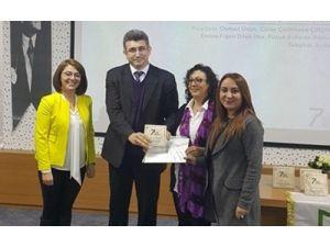 """BÜ Öğretim Üyesine """"Analiz Ve Planlama"""" Ödülü"""