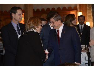 Türkiye'nin Davos'taki Yemeğine Büyük İlgi