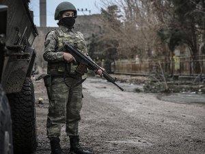 Sur'daki terör operasyonlarına kadın askerler de katılıyor