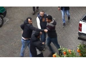 Aydın'daki Yol Kavgasında Yumruklar Konuştu