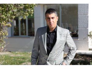 Atatürk Ünıversıtesı Tarıh Bölümü Öğretım Üyesı Dr. Savaş Eğılmez :