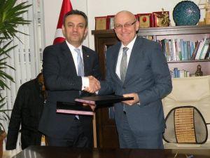 Mmo İle Terme Belediyesi Asansör Protokolü İmzaladı