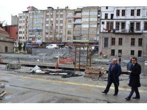 Meydan'da İkinci Etap Tamamlanıyor