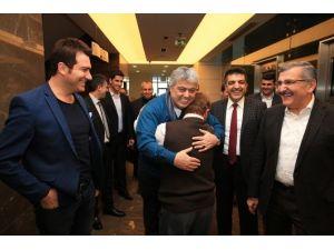 Cumhurbaşkanı Erdoğan'ın Manevi Evladı Down Sendromlu İbrahim'e, Ünlü Sanatçılardan Doğum Günü Sürprizi