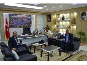 Bilecik Vali Yardımcılarından Vezirhan Belediye Başkanı Duymuş'a Ziyaret