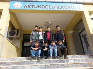 Cizre'de çocuklar karne sevinci yaşayamadı