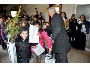 Başkan Cingil'den Öğrencilere Anlamlı Hediye