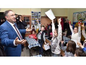 Başkan Kurtulan'dan Öğrencilere Karne