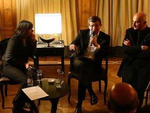 Başbakan Davutoğlu: Türkiye'ye kriz ihraç edilmiştir