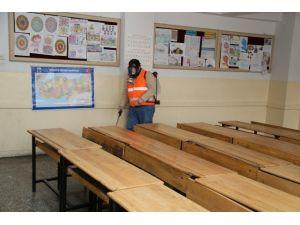 Melikgazi Belediyesi Yarıyıl Tatilinde Okulları İlaçlamaya Hazır