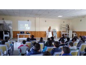 Gediz'de Öğretmen Ve Öğrencilere Grip Eğitimi