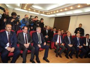"""Bakan Ağbal: """"Bayburt Üniversitesi Bayburt'un Gelişimine Katkıda Bulunacak """""""