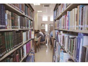 Osmanlıca Beş Bin Eser İZÜ Kütüphanesinde Yerini Aldı