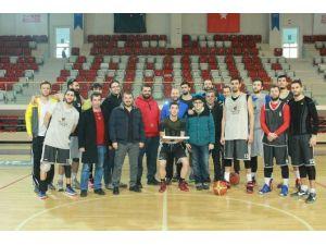 Yalova Group Belediyespor, Pınar Karşıyaka Maçına Hazır