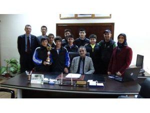 Atatürk Ortaokulu Futsal Turnuvasında Şampiyon Oldu
