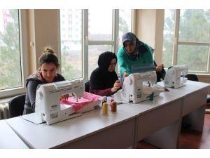Yavuzelinde 100 Bayana Eğitim
