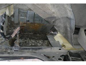 Otomobilden 6 Kilo Esrar Çıktı