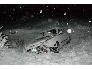 Tokat'ta Kar Yağışı Ve Buzlanma Kazaya Neden Oldu: 4 Yaralı