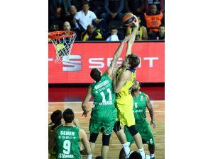 Euroleague Top 16'da Türk derbisinin galibi Fenerbahçe