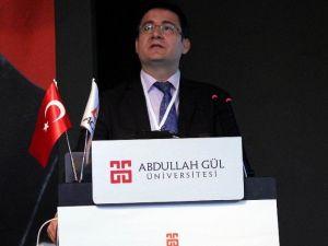 AGÜ'de 'Moleküler Biyoloji Ve Genetikte Güncel Konular' Sempozyumu Verildi