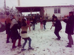 Kar Üstünde Horon Şov