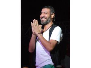 İzmirliler Altun'la Fantezi Müziğe Doyacak