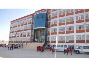 Simav Özel Bahar Ortaokulu TEOG'da Türkiye birincisi çıkardı