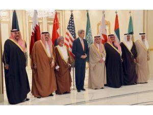 Kerry: Suriye'de terörün ana sebebi Esed'dir