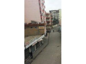 Cizre'de evler tek tek aranıyor