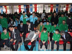 Bakan Kılıç İstedi Öğrenciler Ve Protokol Yan Yana Oturdu