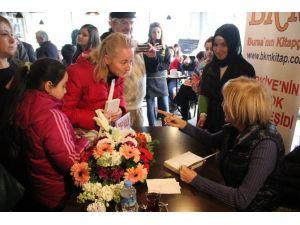 Ayşe Kulin Bursa'da Okurlarıyla Buluştu